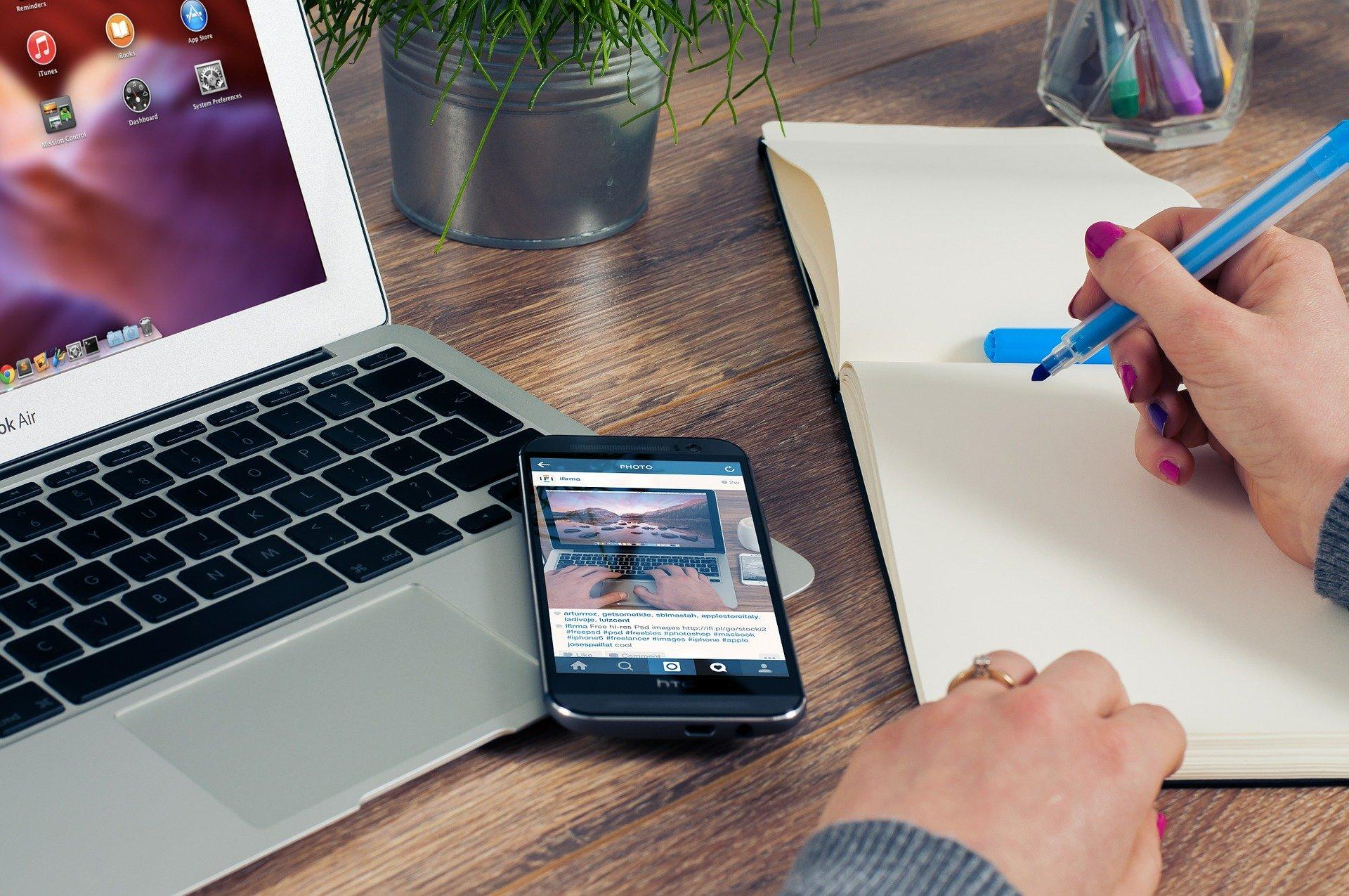 secrétaire à domicile freelance avantages collaborer freelance